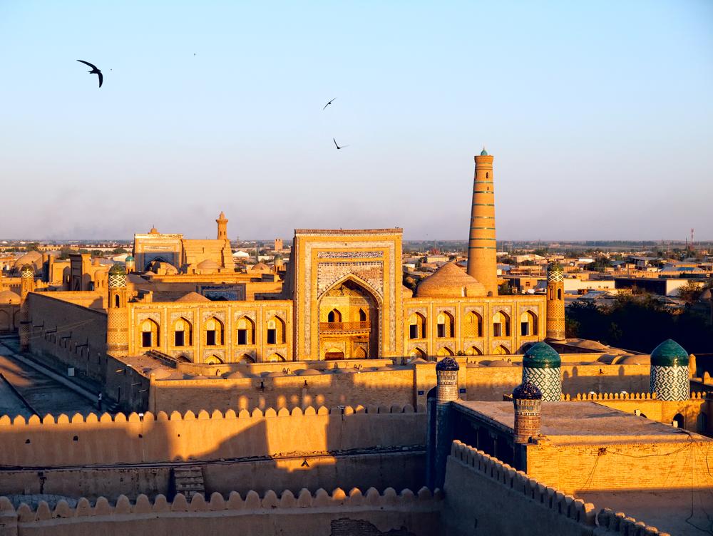 uzbekistan_shutterstock_107073344